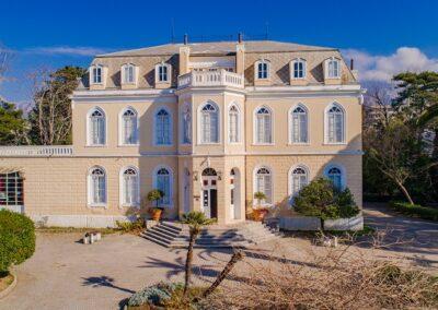 Dvorac kralja Nikole u Baru